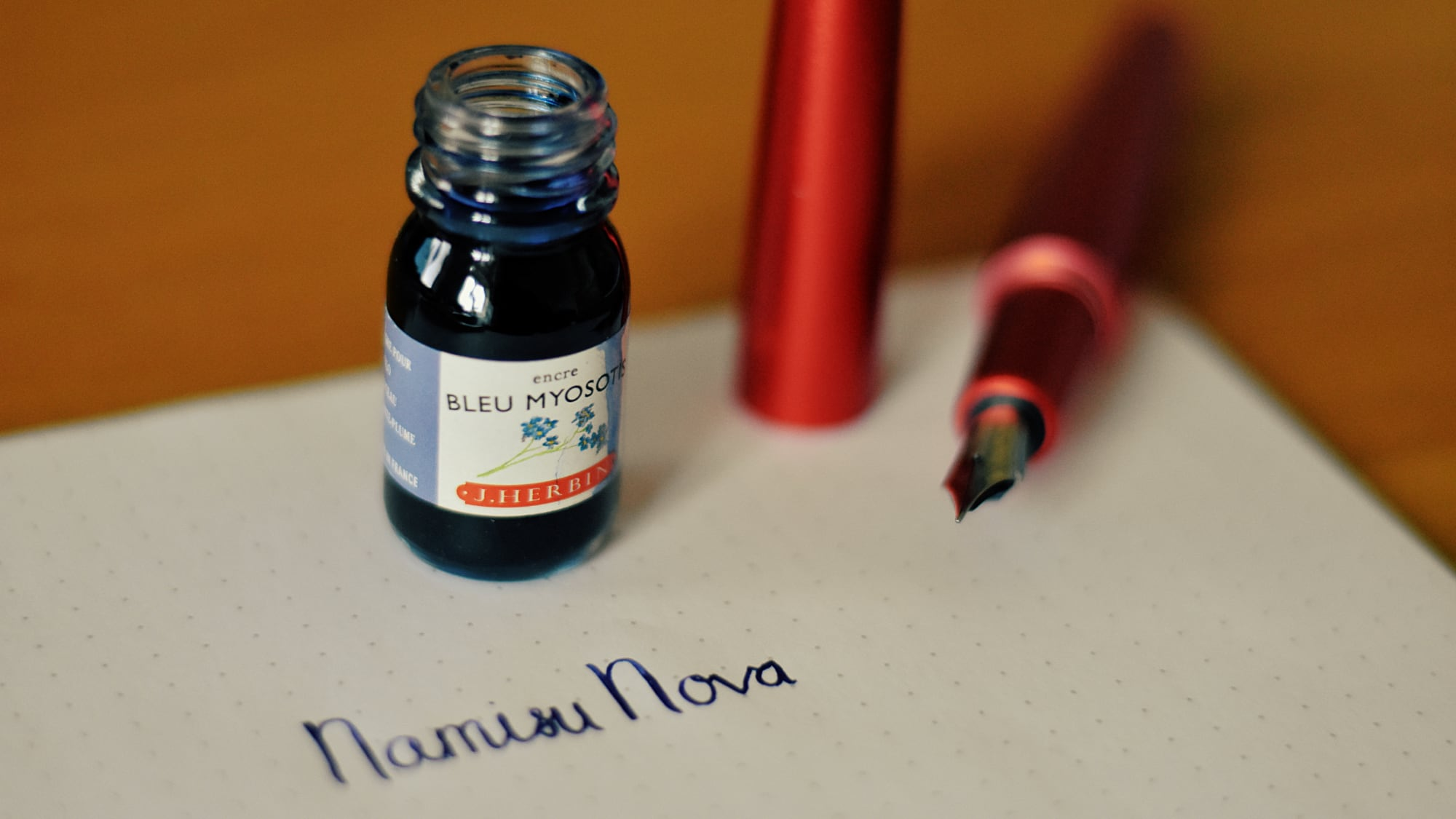 The Nova pictured with J. Herbin Bleu Myosotis ink
